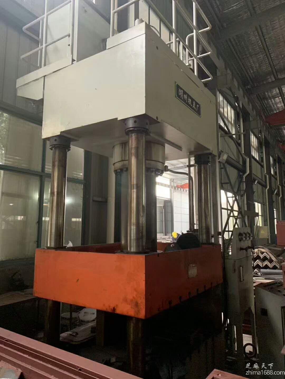 二手湖州总厂315吨油压机