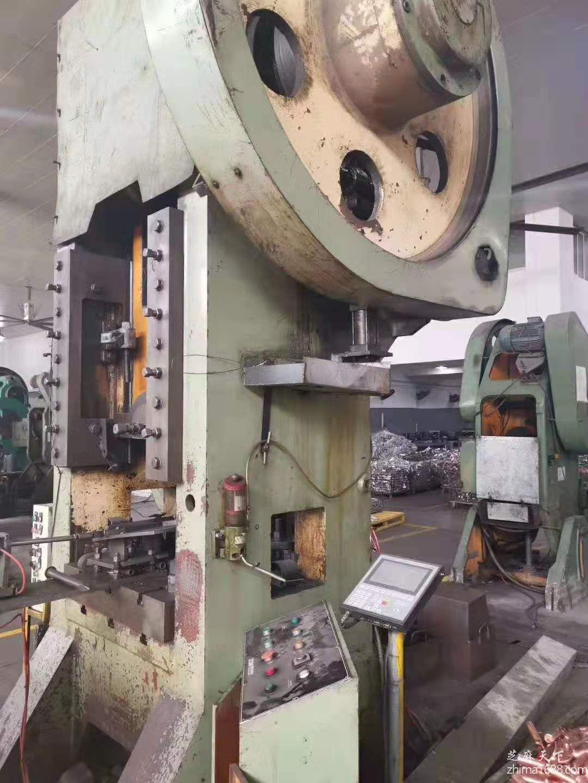 二手浙江锻压J31-315B闭式单点压力机