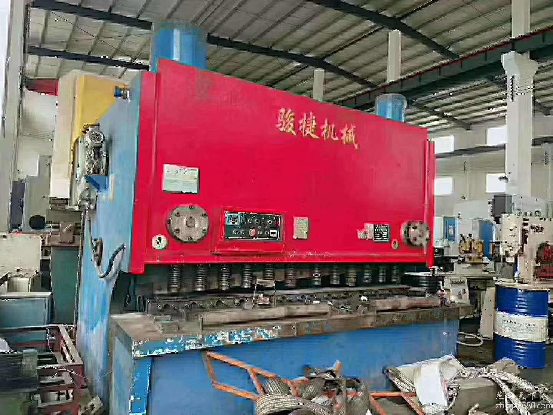 二手江苏骏捷QC11Y-30×2500液压闸式剪板机