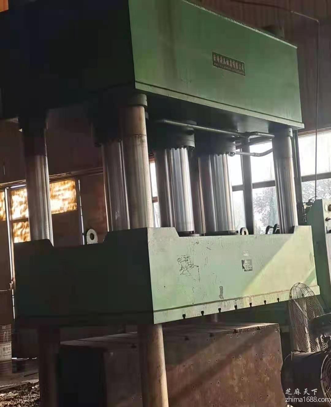 二手沃特800吨四柱液压机