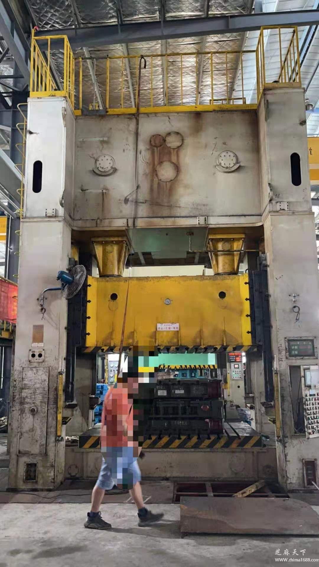 二手山东JG36-400E3闭式双点机械压力机(400吨)